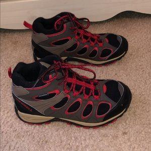 Womens waterproof merrell boots size 5M